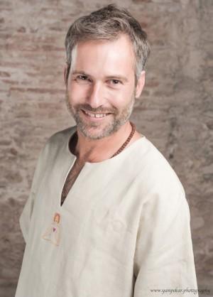 Shahar Abiad - Profesor de yoga y yogaterapeuta