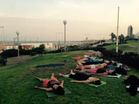 yoga-playa-savasana