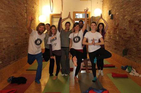 Yoga for Surfers - Surf & Help Barcelona