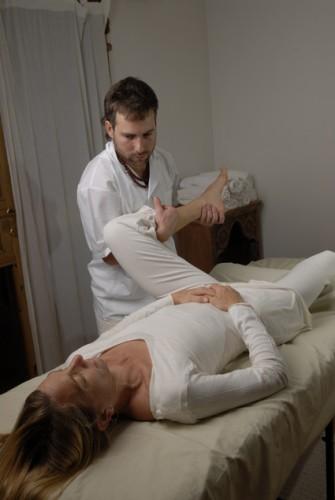 Masaje, Reflexología, Yogaterapia